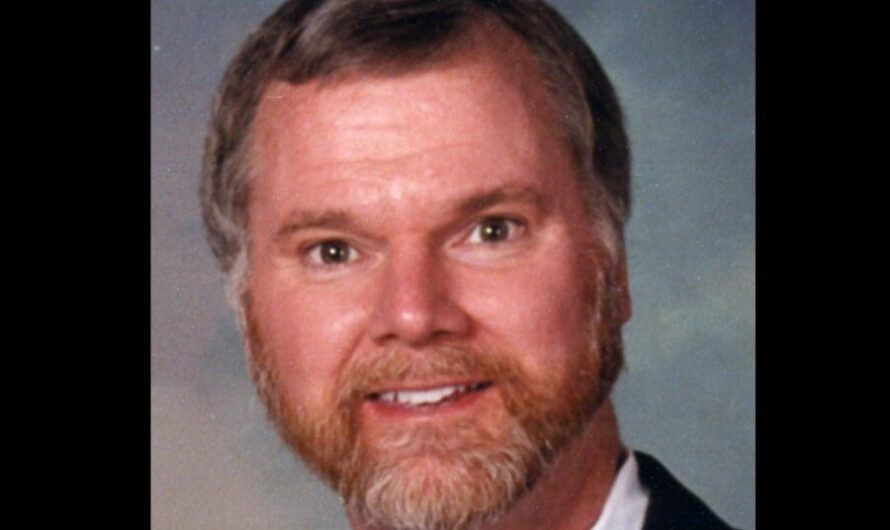 Who is Dr. Robert Lesslie and how was he killed in South Carolina